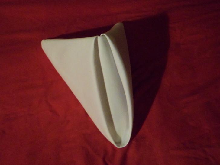 Folded Napkin Pyramid Fold