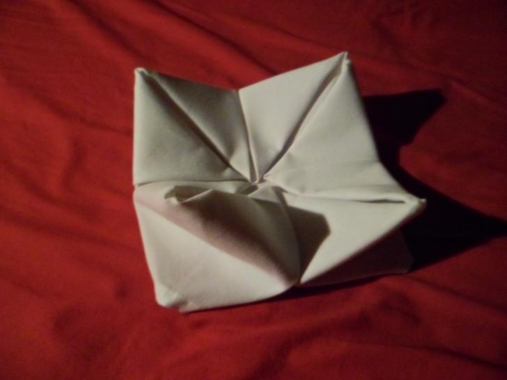 Napkin Folding Rose Fold